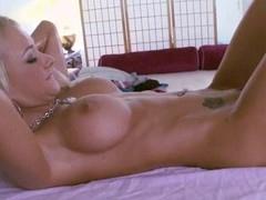 Hunk pounds chick's vagina after steamy sexy oil massage